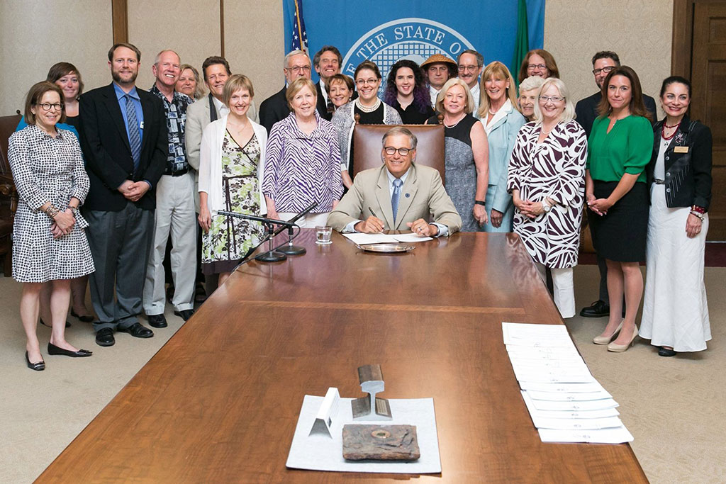 Governor Jay Inslee signs the Cultural Access Program bill
